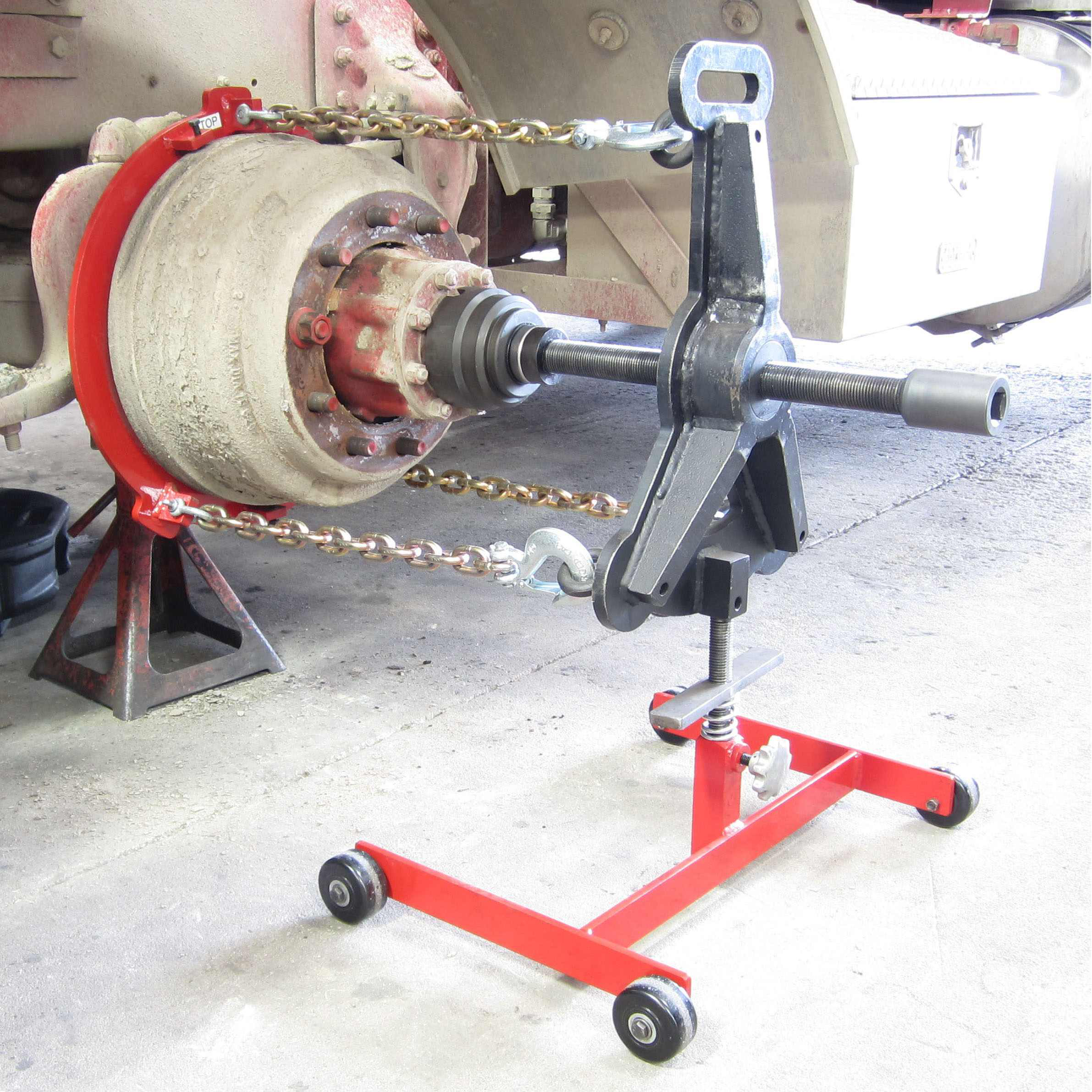 Kiene Diesel Accessories Has Developed A New Tool For Removing Seized Brake Drum