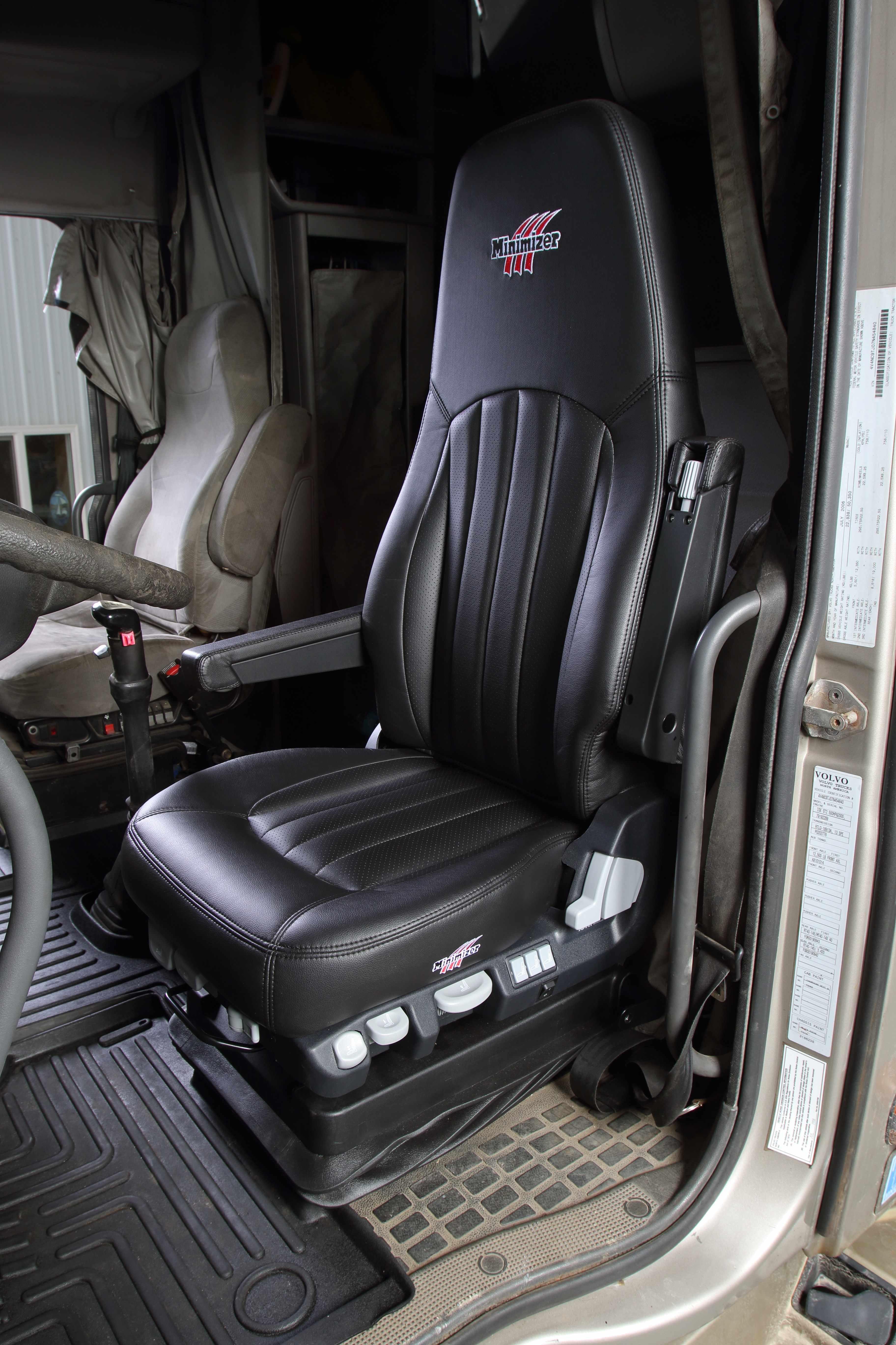 minimizer introducing heavy duty truck seats. Black Bedroom Furniture Sets. Home Design Ideas