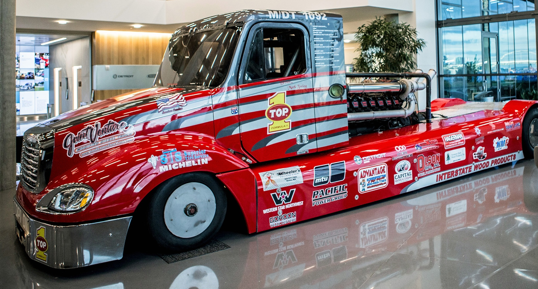 Fastest Diesel Truck >> The Fastest Diesel Truck In The World Gets New Paint Job