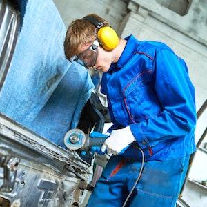 Shutterstock Technician Repairing=truck